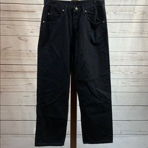 Wrangler NWT Relaxed Fit Straight Leg Black Jeans